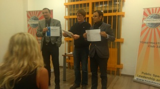 Keith Contest Chair impeccabile della serata premia i due vincitori